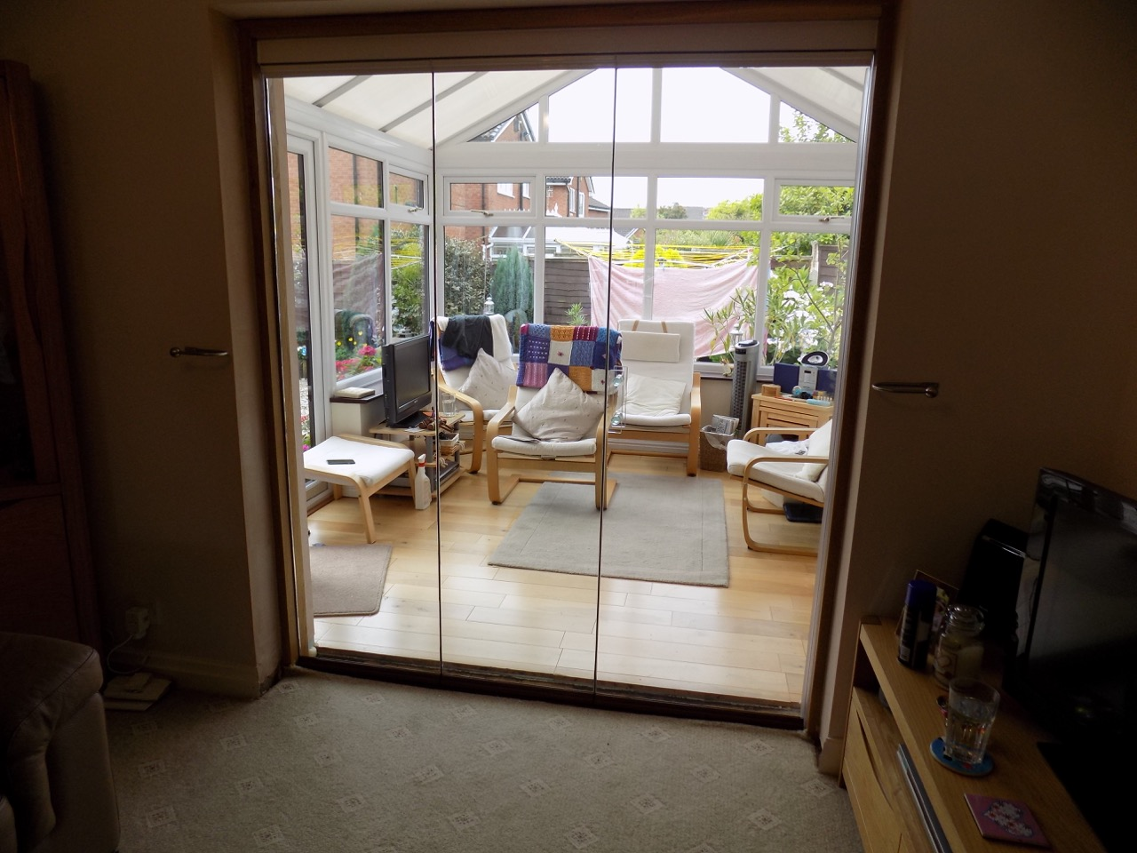 Benefits Of Single Glazed Slide And Fold Doors
