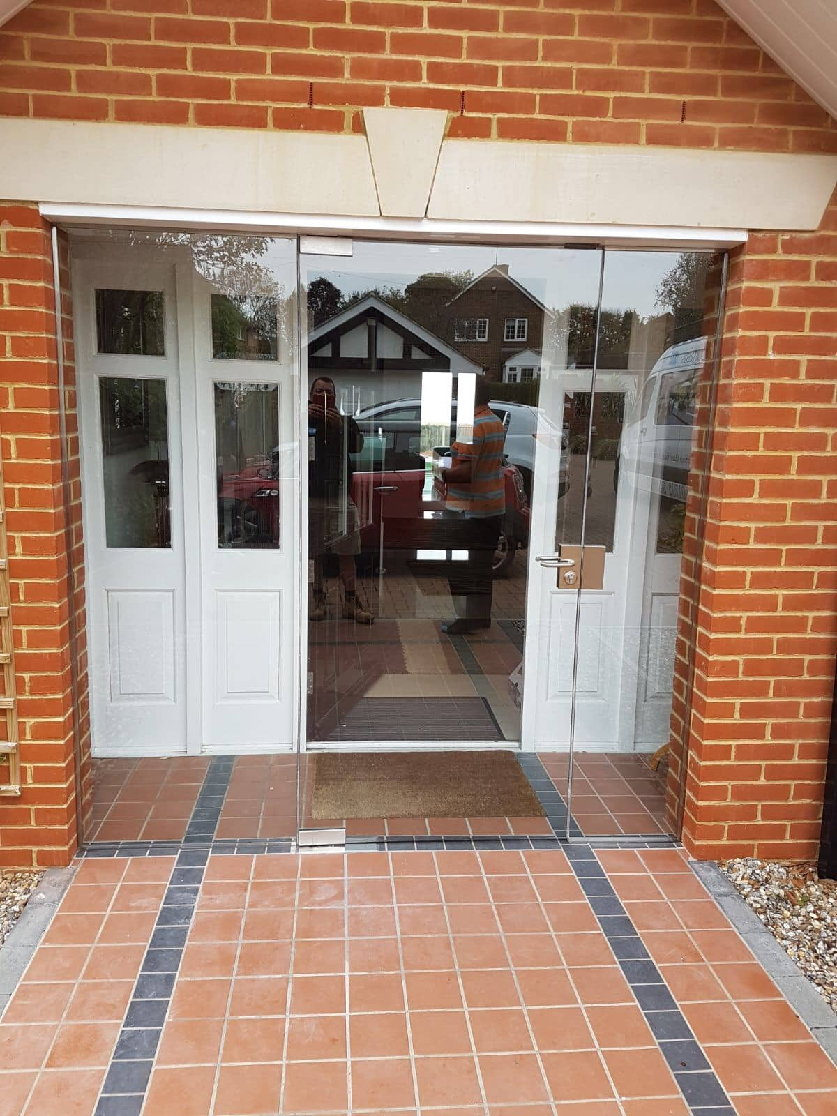 Frameless porch doors and side panels