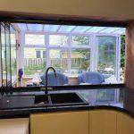 Cornwall Frameless folding windows image 2