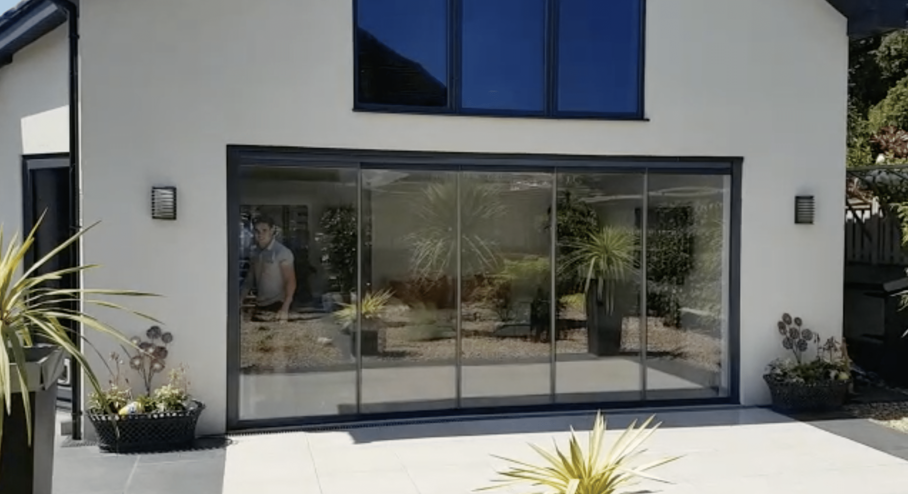 Frameless Doors For Old And New Properties
