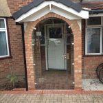 Cambridgeshire, frameless curved porch door