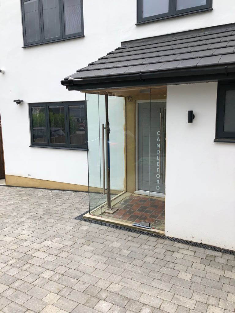 Essex, Corner Frameless Glass Porch