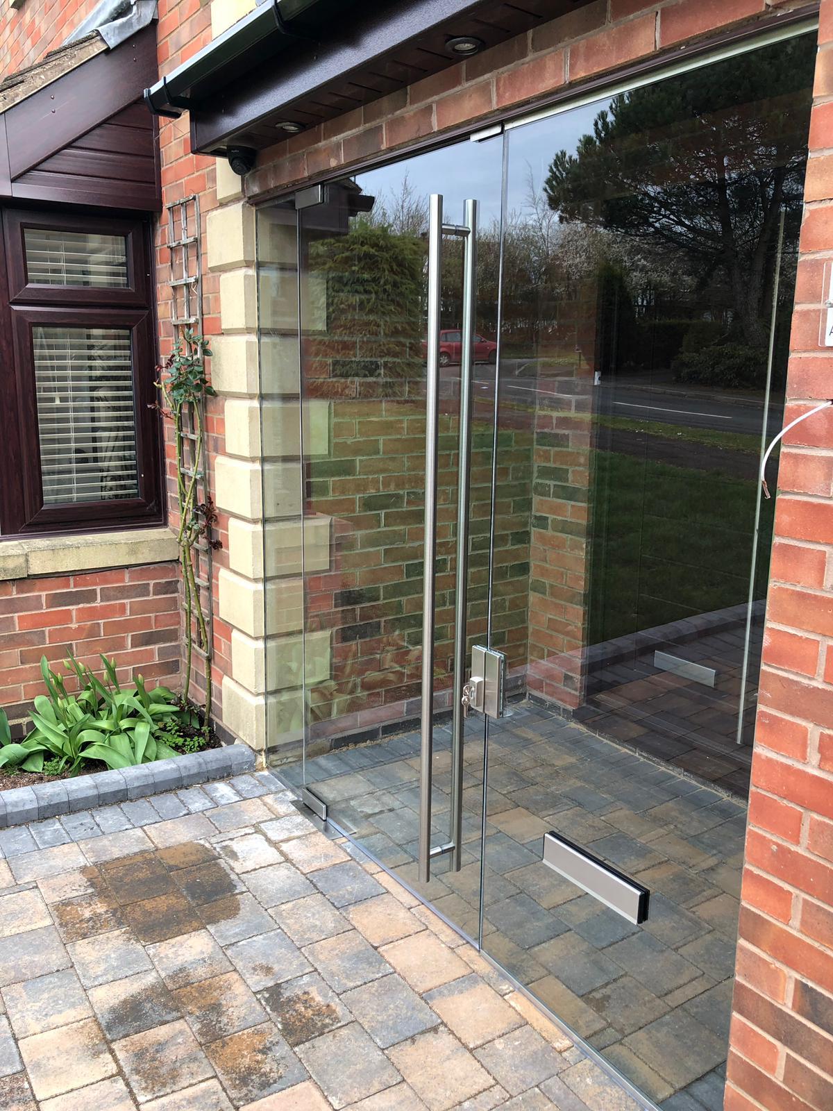 Frameless Glass Porch Solihull